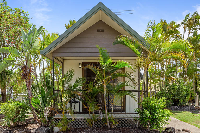 Front, outside view of a 1 bedroom short term villa cabin at Brisbane Holiday Village
