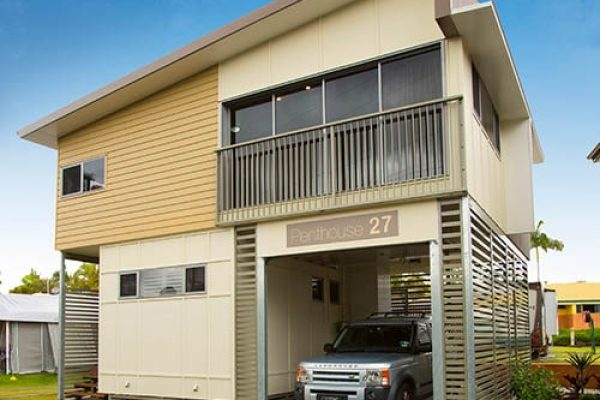 Front View of a Penthouse Cabin Apartment at Brisbane Holiday Village
